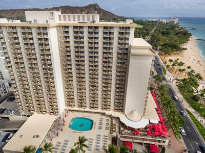 Photo for Aston Waikiki Beach Hotel - Oceanfront King Mobility Accessible Roll-in Shower
