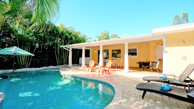 Photo for Coral Breeze (B) 2BR / 2BA Duplex with private pool! Pet friendly!