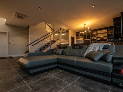 Photo for *Luxury Villa. Brilliant Location. Guest Approved. Luxury Motor Courts Hosted.*