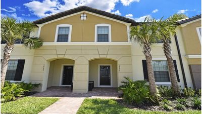 Photo for Astonishing 5 B 3.5B Townhome Minutes from Disney 1931