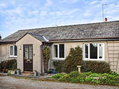 Photo for THE BUNGALOW, pet friendly in Levens, Ref 929017