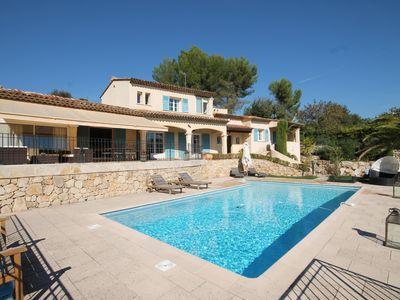 Photo for House / Villa - Le Rouret with swimming pool