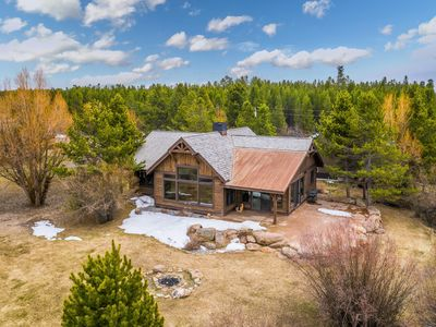 Photo for Waterfront cabin on Hebgen Lake, near fishing/boating & Yellowstone!