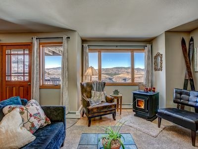 Photo for Fort Collins Mountain Living with Breathtaking Views!