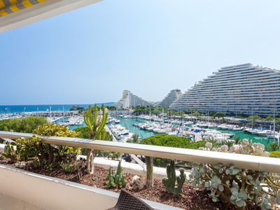 Photo for 3P dream apartment in the heart of the Marina, harbor views and direct sea access