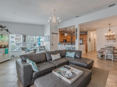 Happy Place is a beautiful home-away-from-home beach condo on the intracoastal.
