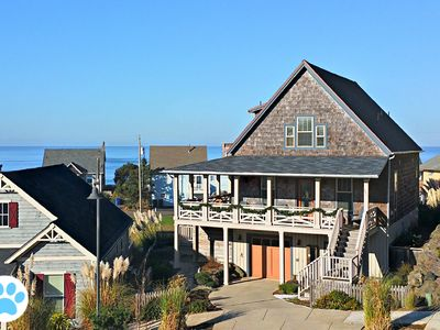 Photo for Knee Deep in Happiness: ocean views at Olivia Beach in Lincoln City