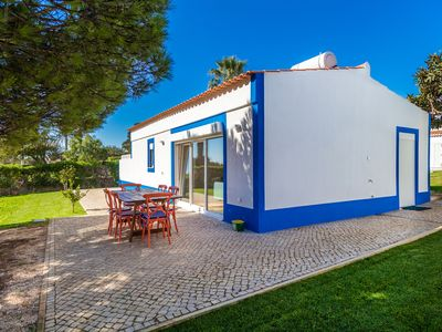 Photo for Casa da Luz - Villa for 4 people in Luz