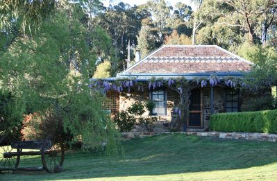 Photo for Dog-friendly studio close to Daylesford - The Stoney at Hollow Log Estate