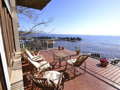 Photo for Attractive sunny and cosy holiday home at the beautiful, clear, Sicilian Sea
