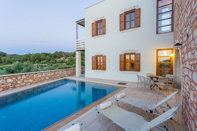Amazing countryside views from the pool terrace!