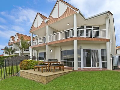 Photo for Magnificent Waterfront Apartment located at Lincoln Cove Marina