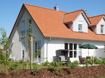 Photo for 5 ***** holiday home on the Baltic beach with sauna, fireplace, Wi-Fi and garden