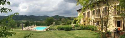 Photo for Elegant and tastefully restored free-standing farmhouse in Piemonte with pool