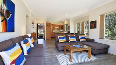 Photo for Clovelly - Short walk to the beach and golf course
