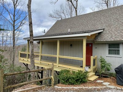 """Photo for Connestee Falls """"Eagles Nest"""" 3/2 Gated Golf/Lake Resort - Year Round Views!"""
