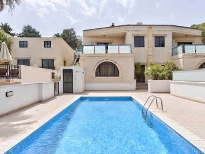Photo for Villa Hibiscus - Three bedroom villa in St Maria Estate Mellieha
