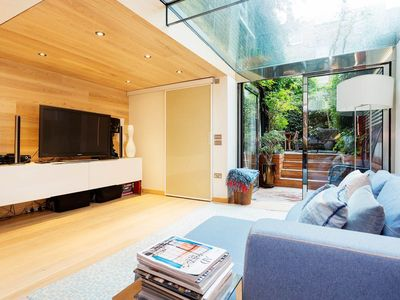 Photo for UP TO 20% OFF - Five Bedroom House moments from Sloane Square, Sleeps 9 (Veeve)