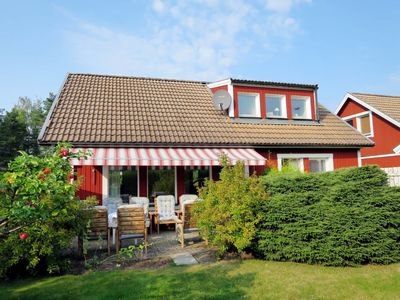Photo for Vacation home Mölltorp (VGT119) in Mölltorp - 6 persons, 3 bedrooms
