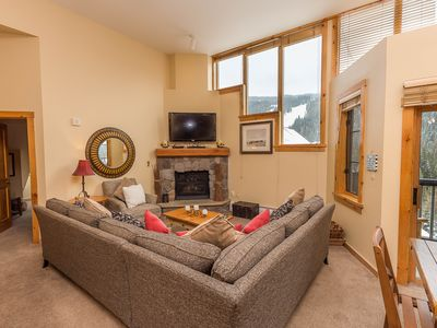 Photo for River Run Condo, Vaulted Ceilings, Upgraded Kitchen, Slope Views, Free WIFI
