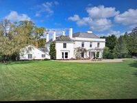 Huge and clean stately home in rural location