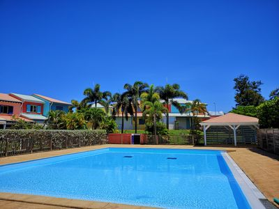 Photo for House any comfort, ideal location, beach, swimming pool