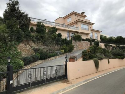 Photo for 5 bedroom Villa, sleeps 10 in Begur with Pool, Air Con and WiFi