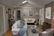 3274 Sea Shell Cottage ~ Plush Beds ~ Walk to Town ~ Beach Cottage Decor