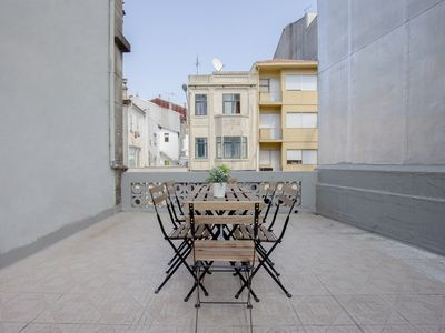 Photo for Liiiving in Porto | Telégrafo Classic Light Apartment I