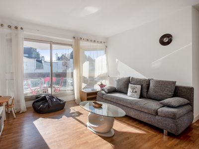 Photo for Sunny flat with balcony and parking very close to Vannes Old City - Welkeys