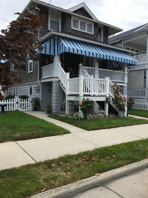 OCNJ Gold Coast beach home, Pet friendly, 9 houses from the beach and boards!