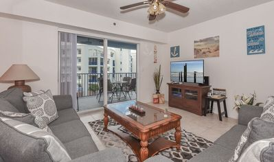 Photo for Come stay in this gorgeous 3/2 interior unit with pond view. OW14-403