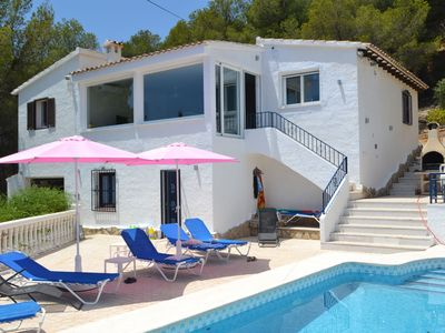 Photo for Magnificent villa with sublime sea views and private pool, 5 minutes from Altea