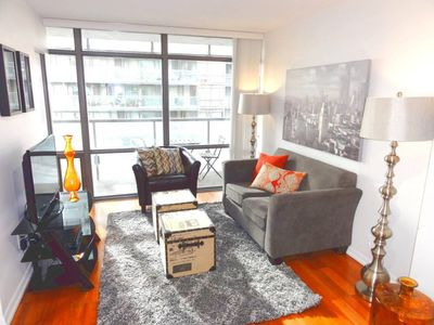 Photo for Stunning 1BR Condo in Great Downtown Location!