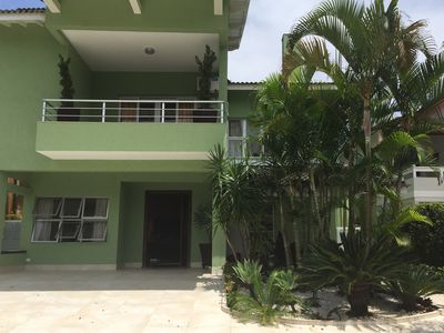 Photo for Luxurious beach house with pool. In condominium of high standard-HANGA ROA