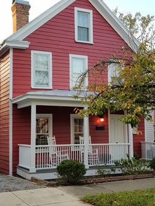 Photo for Charming, warm & tranquil historic downtown New Bern home