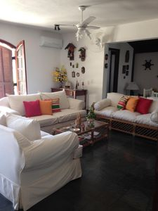 Photo for Large holiday home 400 m from Barra do Una Beach