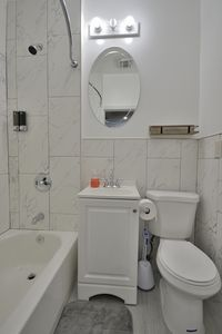 Photo for 294 Ege 2nd Fl Apt 3 · Terrific 5 Bed Apt Quick into NYC!