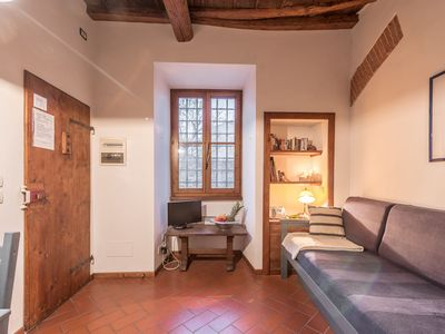 Photo for Apartment Blue Prince steps from the Ponte Vecchio