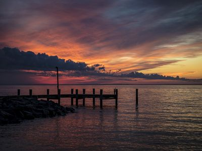 Photo for Pet Friendly Bayfront Retreat - Sunset Side