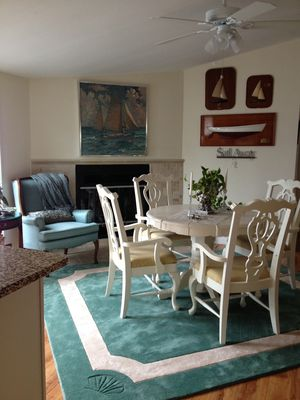 Photo for Charming 2 br, 3 ba home at Shell Point Beach.
