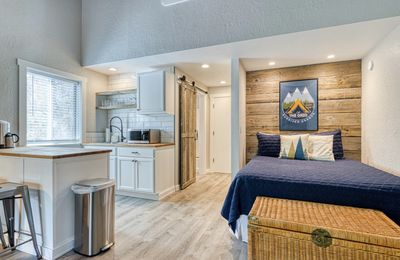 Photo for New! Cozy! Sunriver Condo with Sharc Passes!