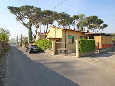 Photo for Mariella - House for 5, Outside area, Parking, 900m from Sea, WIFI, A/C