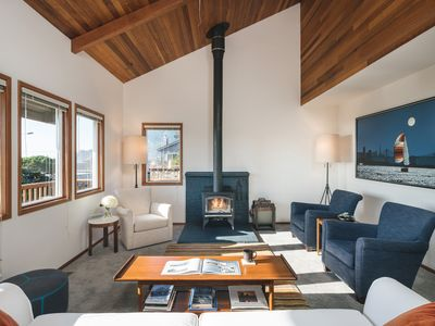 Photo for Steps to Beach, Inspiring Ocean Views, 5 blocks to town! Immaculate & Chic!