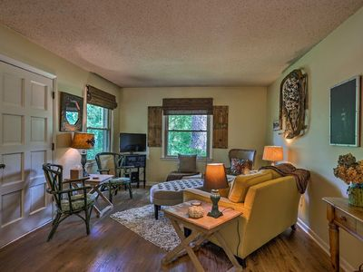 Photo for Ridgetop Retreat! 16 miles from Nashville. Quiet property  on a dead end street.