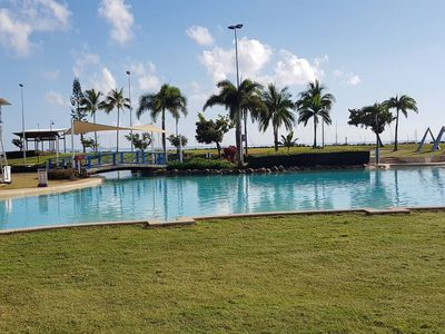 Photo for AIRLIE BEACH Delight. Hop, skip jump to everything