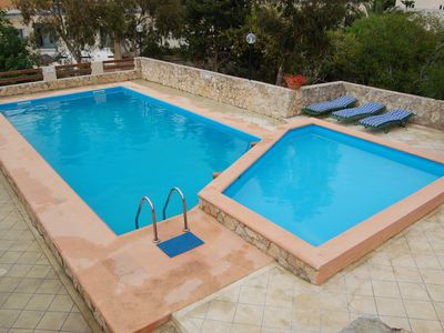 Photo for Fabulous, Peacefull, Fully Detached Private Villa. Sunny Private pool, AC & BBQ