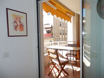 Photo for Beautiful and quiet residential apartment Air-conditioned with Terrace in Nice