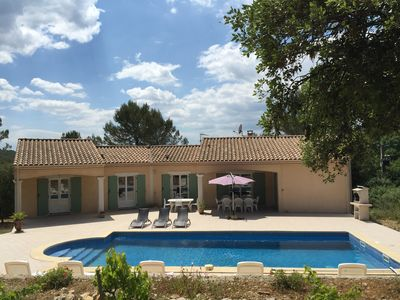 Photo for Villa on the heights of Nimes in full scrubland
