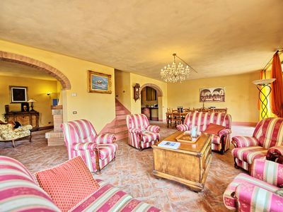 Photo for 4 bedroom Villa, sleeps 8 in Monteluco with Pool, Air Con and WiFi